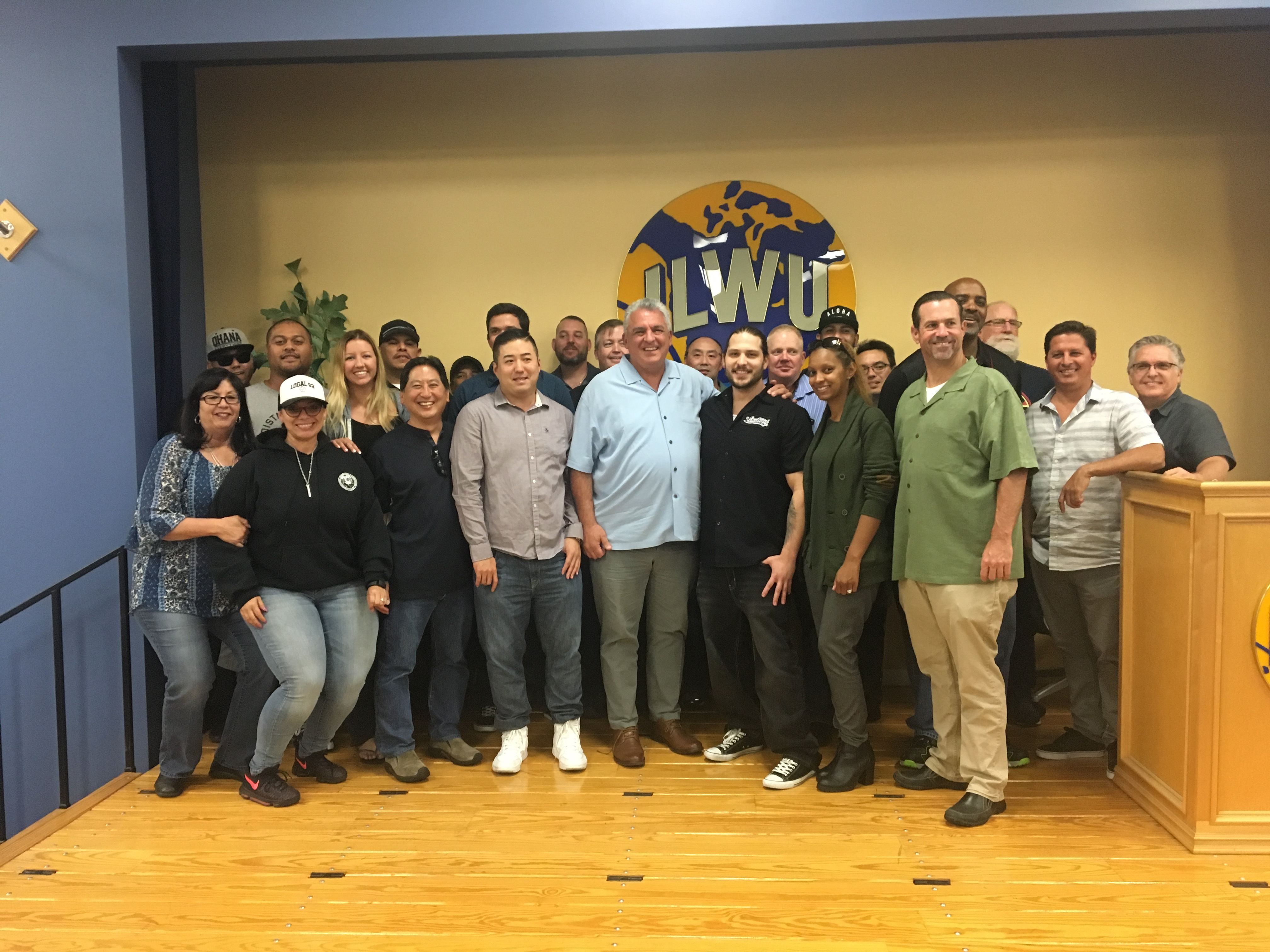 ILWU wins major organizing victory on the docks in Southern California